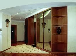 прихожая комната из панелей