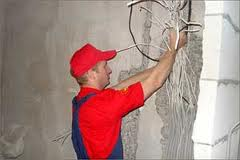 крепление проводки в стене